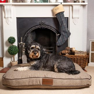 Medium Size Fabric Pedigree Bed In Tweed